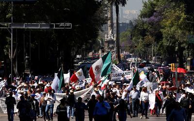 Activistas exigen al gobierno de México que garantice los derechos de lo...