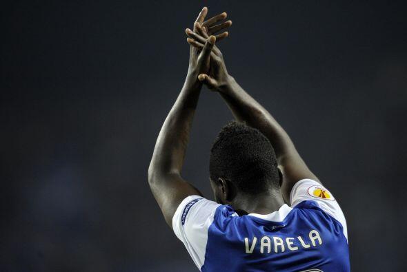 Varela fue el encargado de poner el 1-0 en el estadio 'Dragao'.