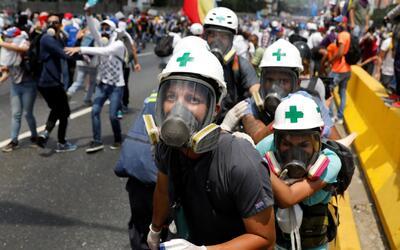 El gobierno de Maduro responde a las marchas opositoras con la más dura...