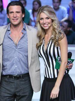 Jorge Aravena era el hombre más envidiado del show al tenerla tan...