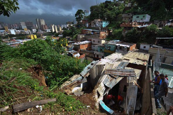 Los cinco departamentos con mayor afectación son Bolívar,...
