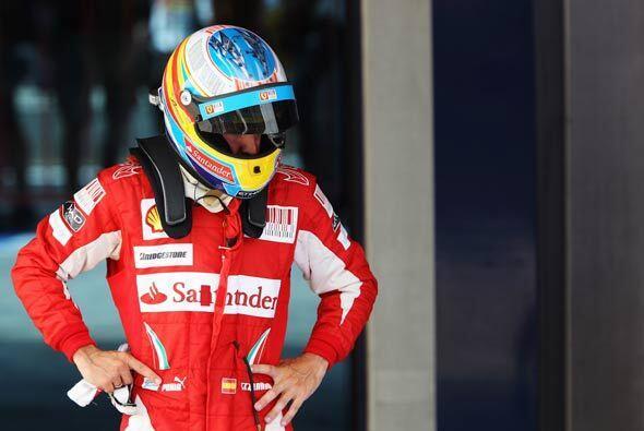 Para Alonso, el final de la carrera simplemente fue el fin de otra jorna...