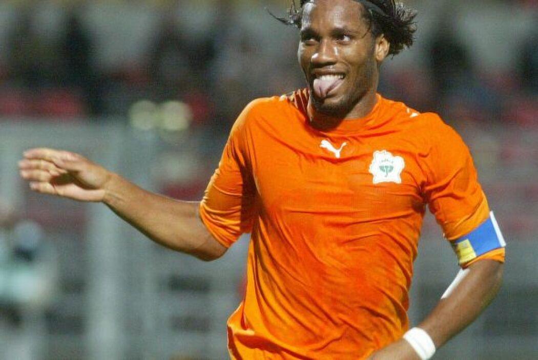 Didier Drogba gana $7.5 millones de euros, o $10.2 millones de dólares.
