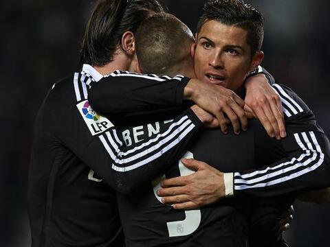 Con goles de Karim Benzema y Cristiano Ronaldo, Real Madrid derrot&oacut...