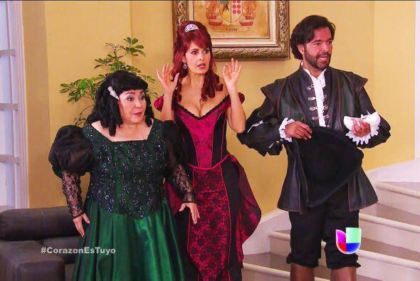 ¡Ayyy Isabela y doña Yolanda! Están felices, no sean...