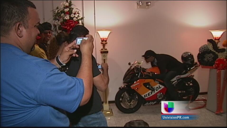 Velorios insólitos en Puerto Rico. Desde el muerto parao, el boxeador ve...