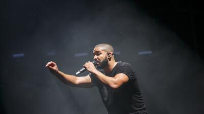 LONDON, ENGLAND - JUNE 28: Drake performs at the New Look Wireless Birth...