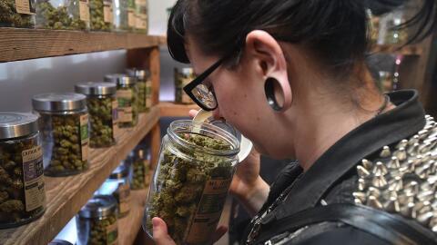 Dispensario de marihuana en Oregon, donde se legalizó el cannabis en 2015.