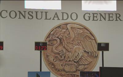 Consulado de México anuncia la creación de un centro de defensoría en Ch...