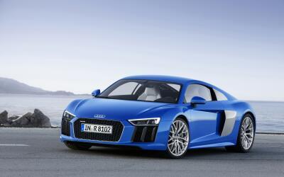 Audi r8150058-large-1.jpg