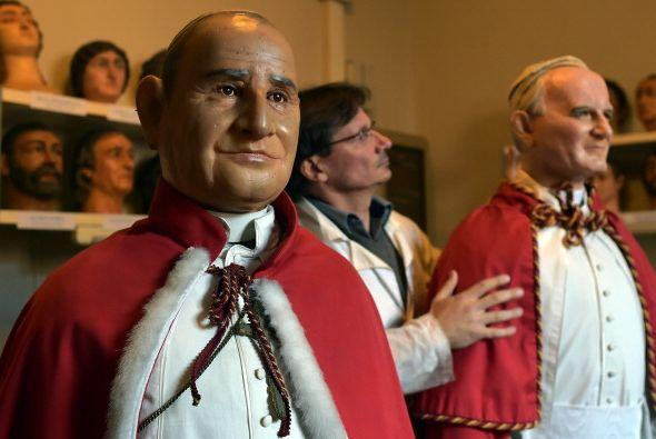 - 3: el número de Papas que han alcanzado la Santidad en los &uac...
