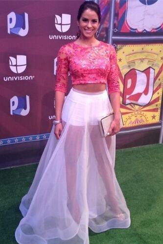 En Premios Juventud, pudismos apreciar la belleza de Vanessa con un vest...