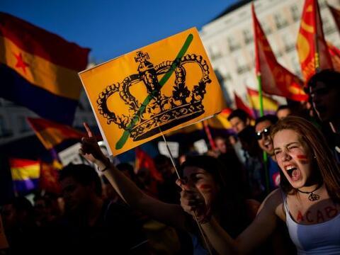 """Bajo el lema """"Referéndum ¡Ya!"""", miles de detractores de la..."""