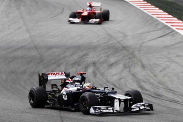 En la última parte de la carrera, Pastor fue perseguido por Alonso.