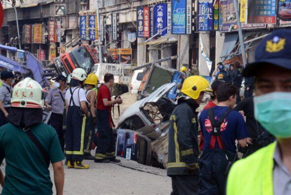 Las labores de rescate continúan en la zona.