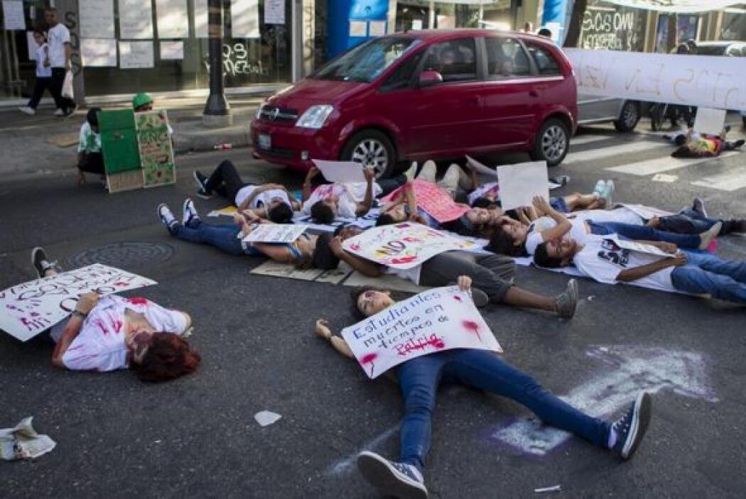 Horas antes, manifestantes opositores al Gobierno de Nicolás Maduro disf...
