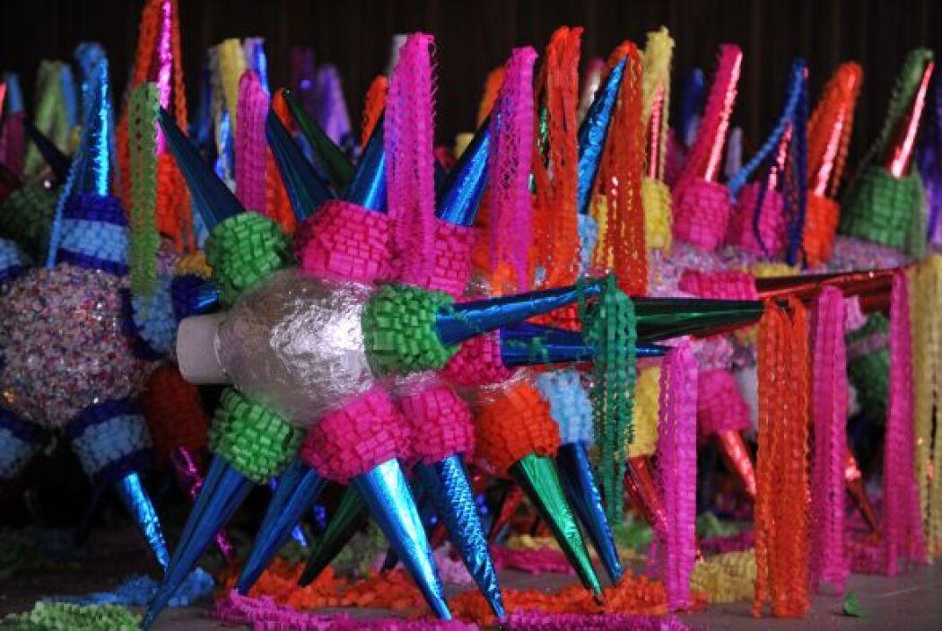 Las posadas son fiestas populares que se celebran entre el 16 y el 24 de...