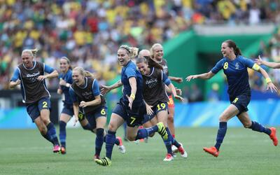 Suecia eliminó a Brasil en penaltis