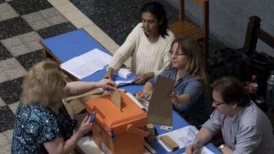 Un total de 2.6 millones de uruguayos elegirán al futuro presidente del...