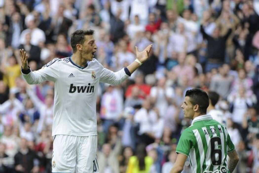 El alemán Mesut Özil dio un excelente encuentro en la victoria del Real...