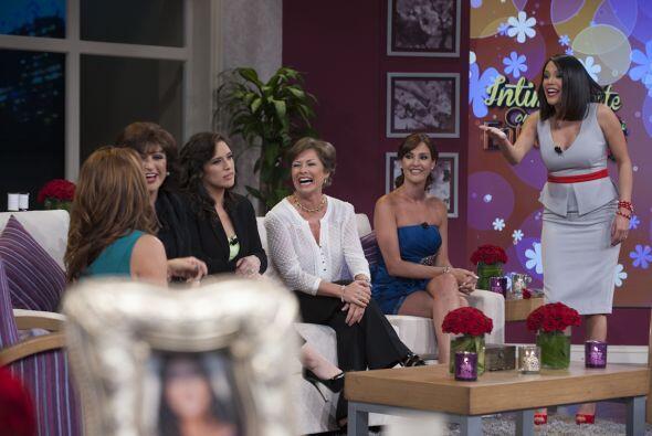 El pasado 27 de abril, se transmitió por Univision el especial Íntimamen...