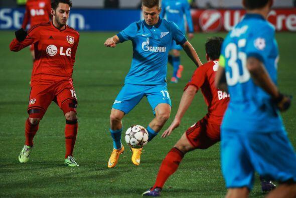 El Leverkusen derrotó 2-1 de visitante al Zenit y son líderes de su grupo.