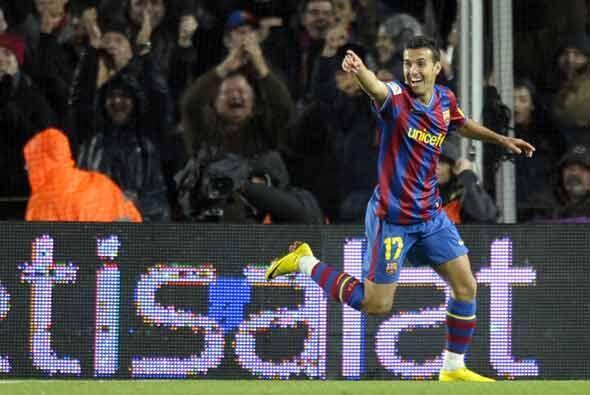 Luego Pedro, recién ingresado, puso el 2-0 para el Barcelona.