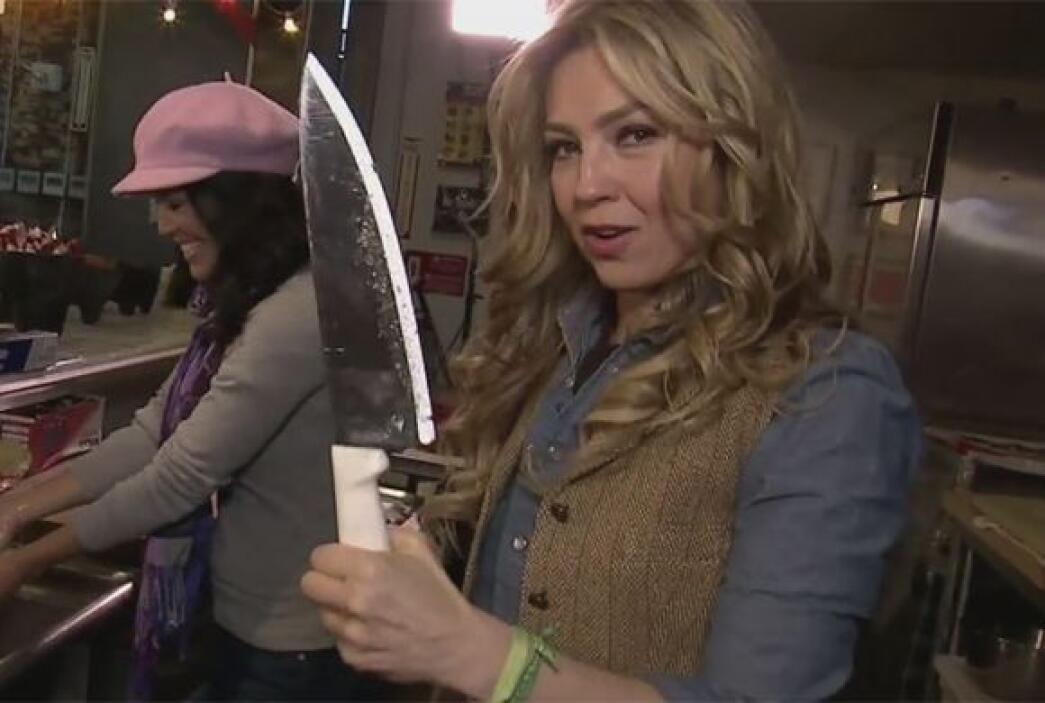 ¡Cuidadito con Thalía! La cantante estaba más que lista para preparar un...