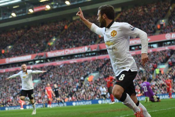 Juan Mata, el ex de Valencia y Chelsea, colocaba el 1-0 luego de un traz...