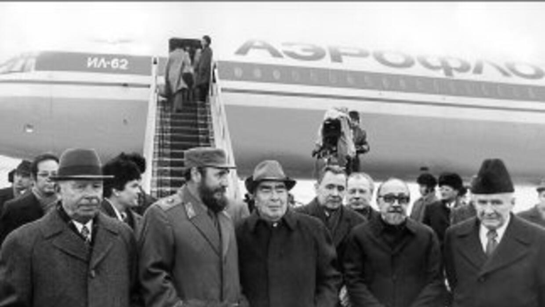 Fidel Castro Ruz, Primer Secretario del Comité Central del PPC llega a M...