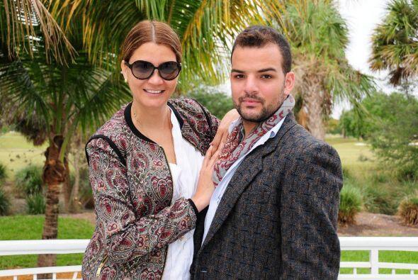 Claudia es una reconocida estilista que lleva año vistiendo a los...