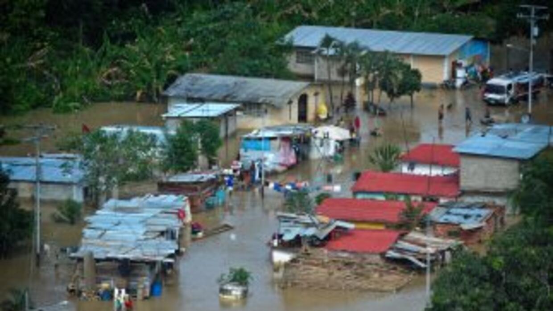 Aumentó a ocho el número de fallecidos por las fuertes lluvias que han a...
