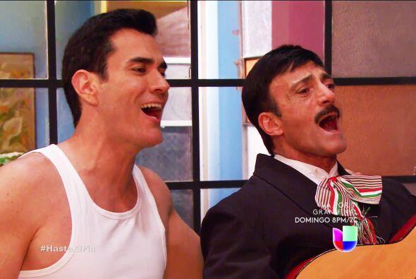 No dudó para cantarle las mañanitas a doña Lupita. ¡Y viene algo mejor!