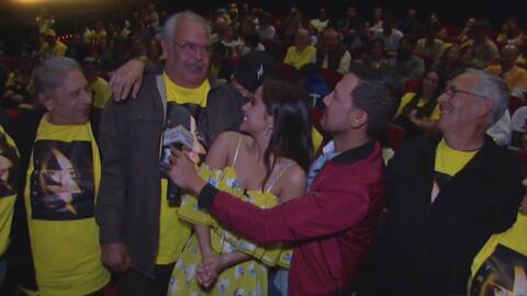 Becky G llegó con toda su familia al estreno de 'Power Rangers', y llenó...