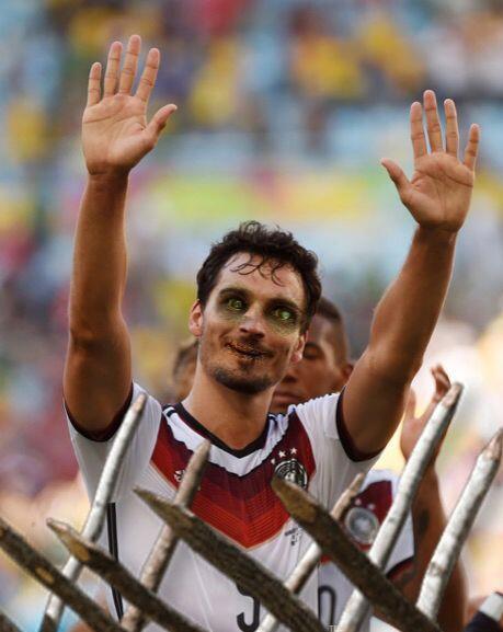 Mats Hummels, campeón del mundo con Alemania y defensor del Borussia Dor...