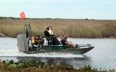 Bote deslizante en los Everglaes