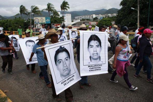 """""""Al pueblo de Acapulco queremos informar que es una marcha de protesta,..."""