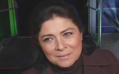 Victoria Ruffo dijo que Eugenio Derbez estaba a punto de ser abuelo en v...