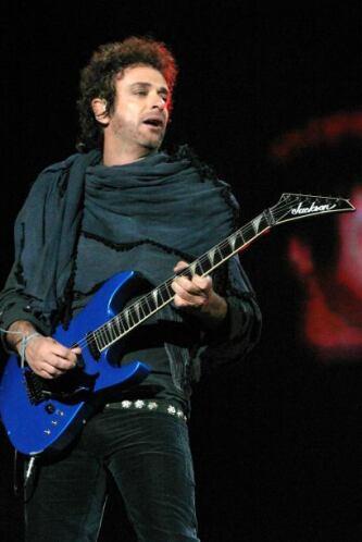 Gustavo Cerati falleció de un paro cardiorespiratorio tras cuatro años e...