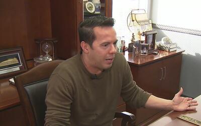 Líder religioso Samuel Rodríguez señaló su desacuerdo con las políticas...