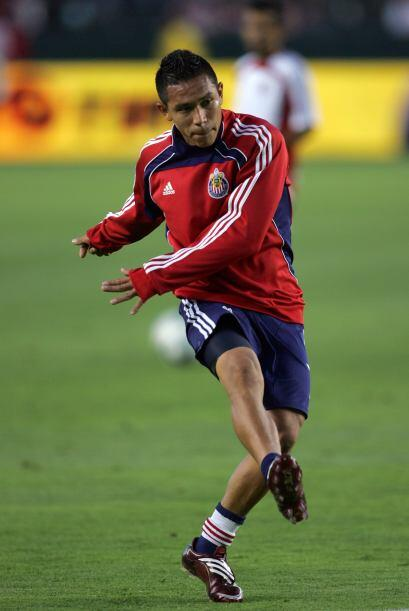 Su compatriota Osael Romero (Chivas USA) también fue parte de la...