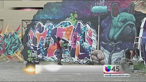 Decenas de artistas participan en el festival de arte callejero en Houston