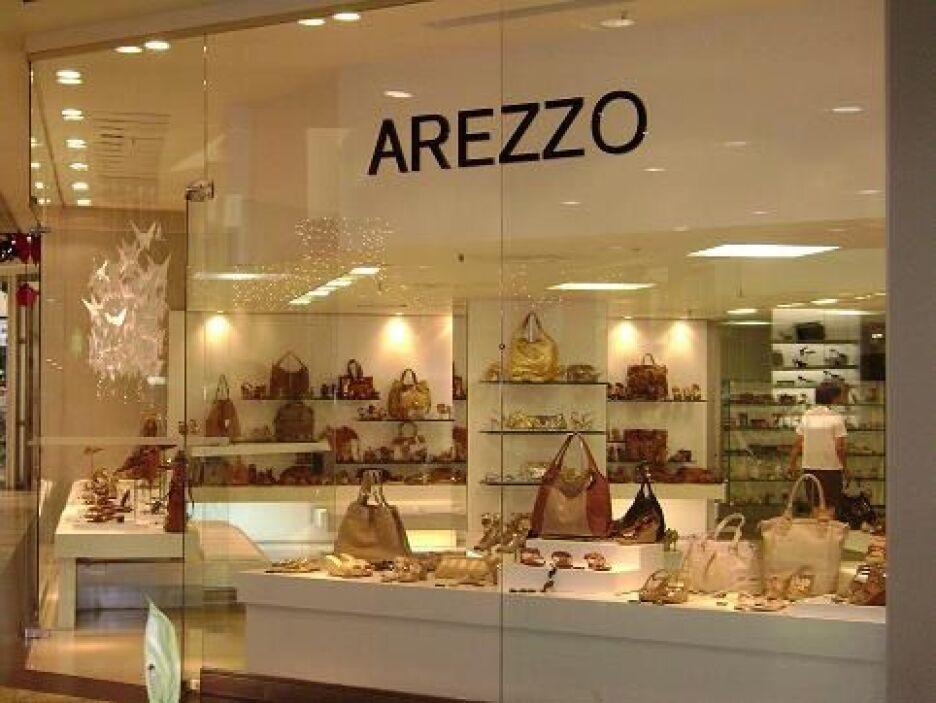 20. AREZZO. La cadena de tiendas departamentales de Brasil está valuada...