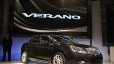 Buick presentó en Detroit su nuevo modelo, Verano 2012. 302d65a8adb94e33...