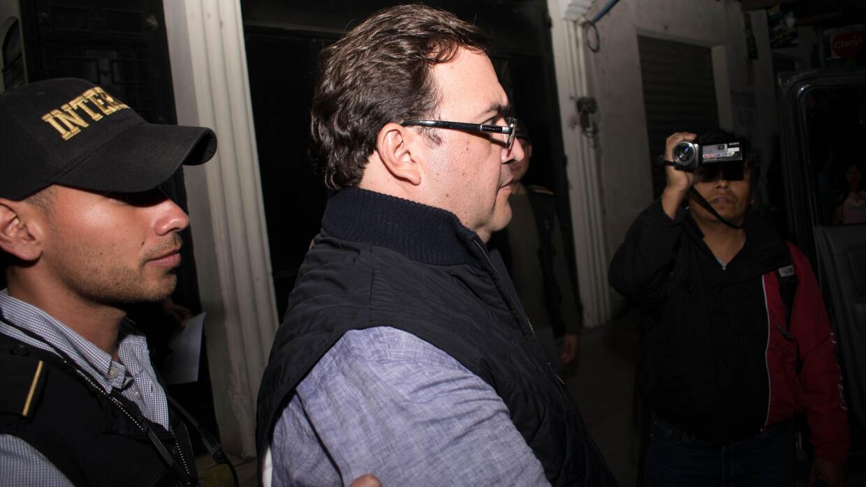 Javier Duarte habría ofrecido hasta 45,000 dólares por un vuelo privado...