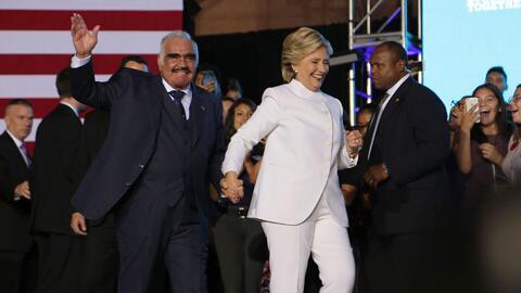 Vicente Fernández y los Tigres del Norte acompañaron a Hillary Clinton d...
