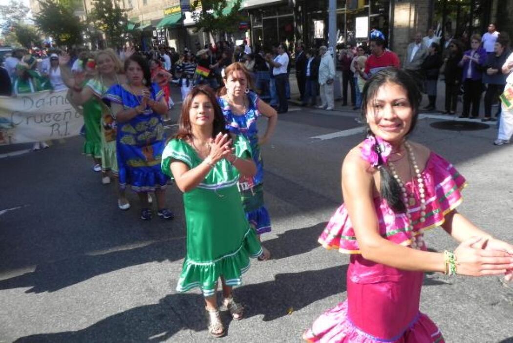 Primer desfile Boliviano de Nueva York 1fe89c2753ee48beb230d99b32b3282d.jpg
