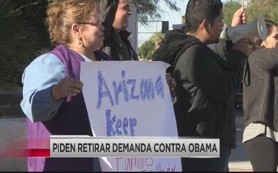 Exigen que retiren demanda contra Obama