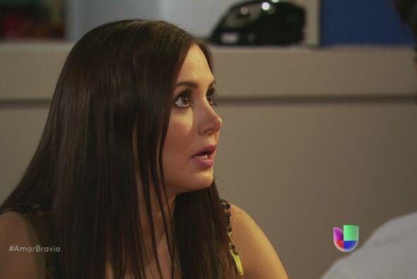 Natalia no puede creer que la señora Agustina esté presa p...