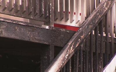 Incendio deja a varios residentes heridos y otros sin hogar